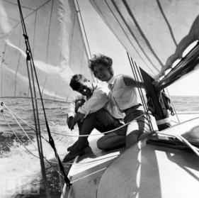 jack-jackie-kennedy-sailing-cape-cod-life-1