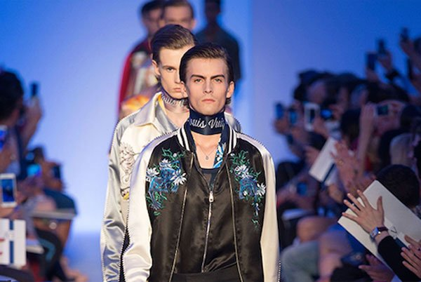 Calendario Sfilate Parigi Settembre 2020.Parigi Pfw Il Calendario Sfilate Moda Uomo Alessandro