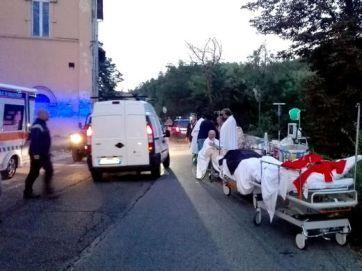 636075963877659367-EPA-ITALY-EARTHQUAKE