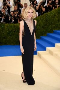 naomi-watts-in-stella-mccartney