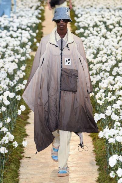 sfilata-off-white-collezione-uomo-primavera-estate-2020-parigi-isi-2512-maxw-800